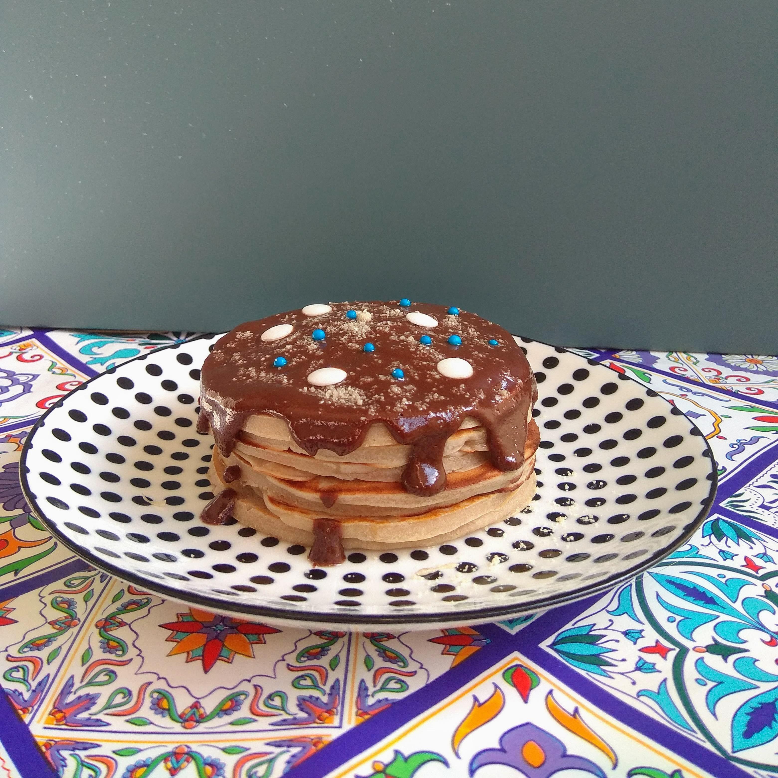 Receta de tortitas fáciles de nocilla. Descúbrelas en: www.cocinandoconlola.com