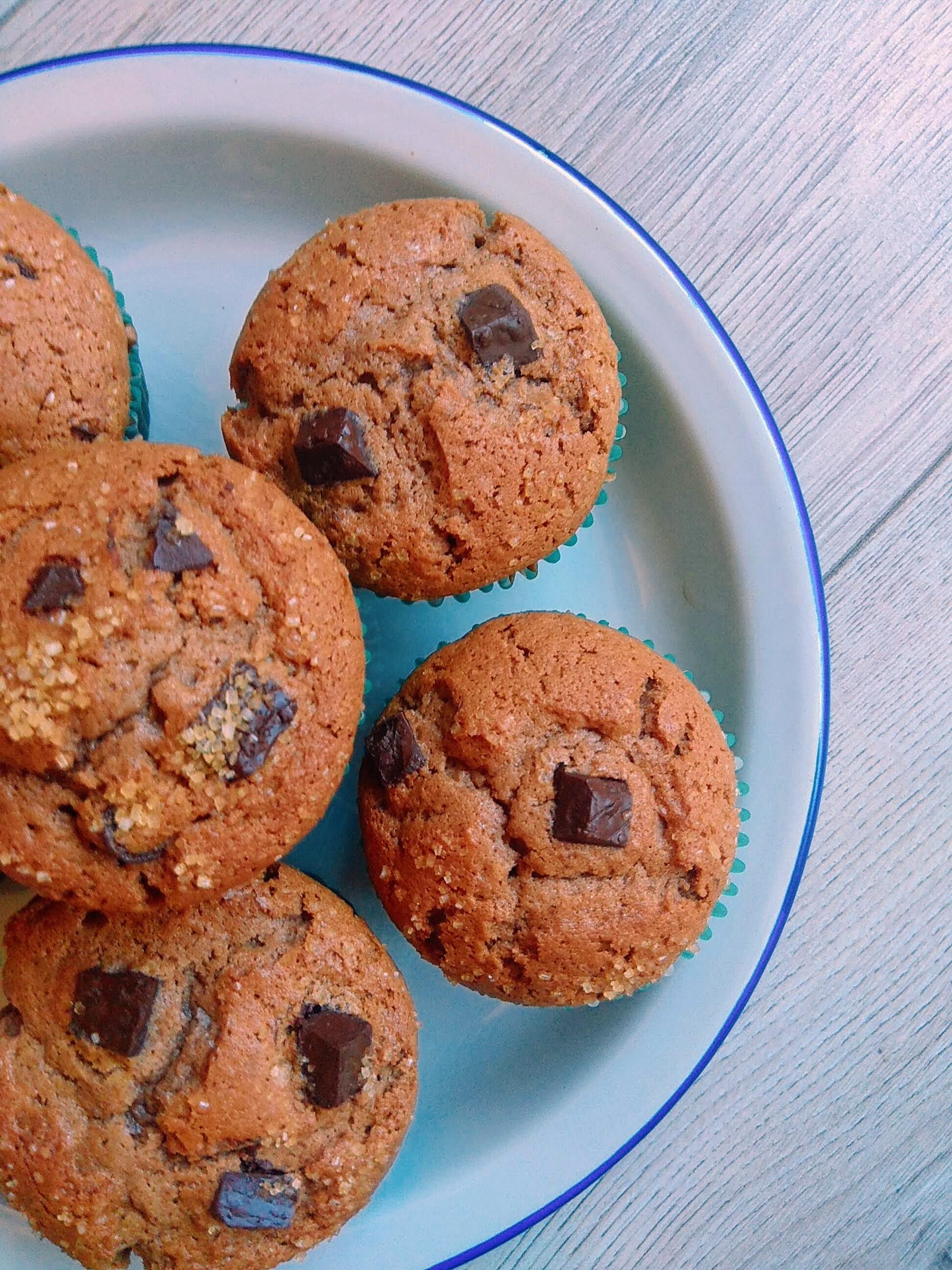 Recta fácil de magdalenas de chocolate y café. Descúbrela en: www.cocinandoconlola.com