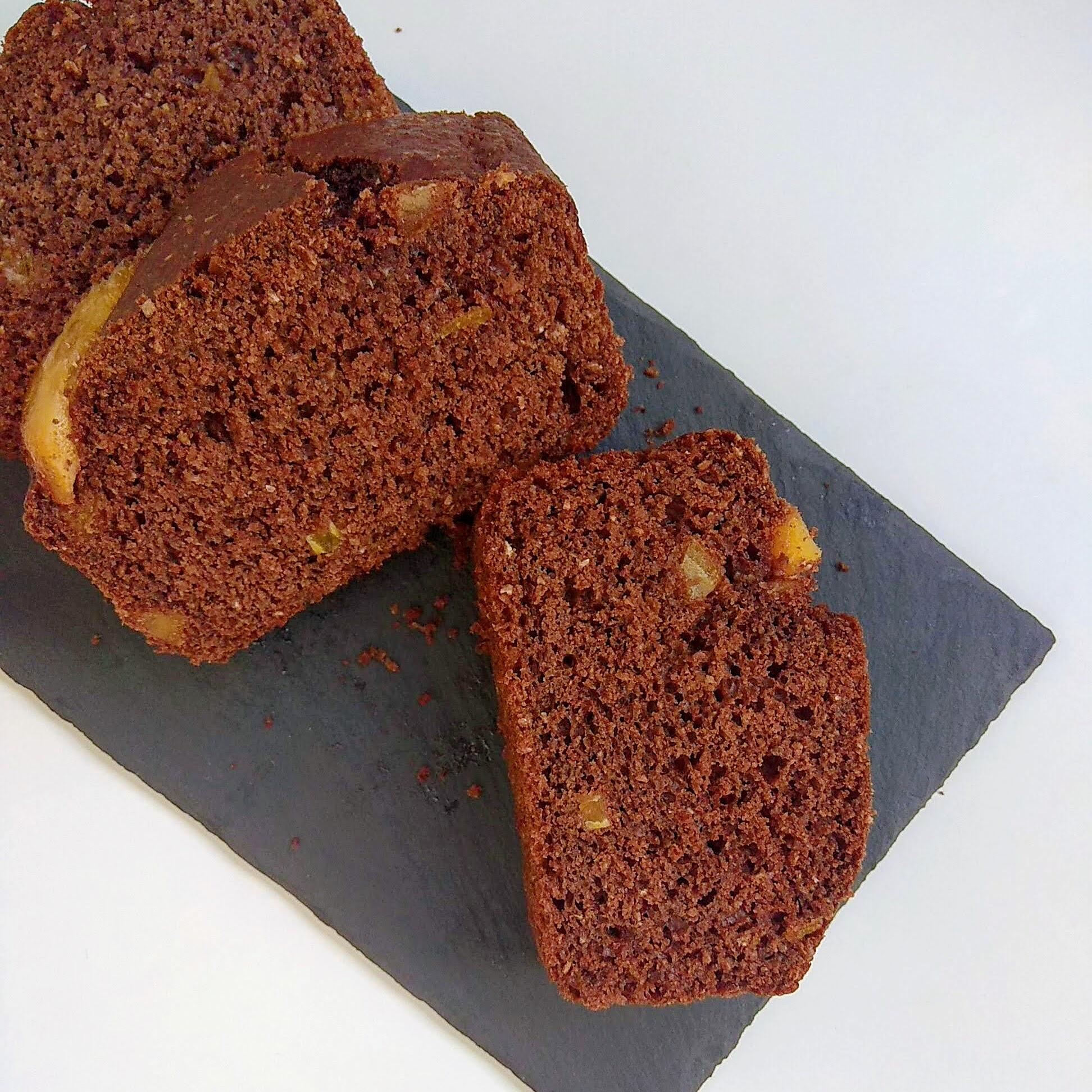 Receta fácil de Bizcocho de chocolate y naranja sin azúcar. Descúbrela en: www.cocinandoconlola.com