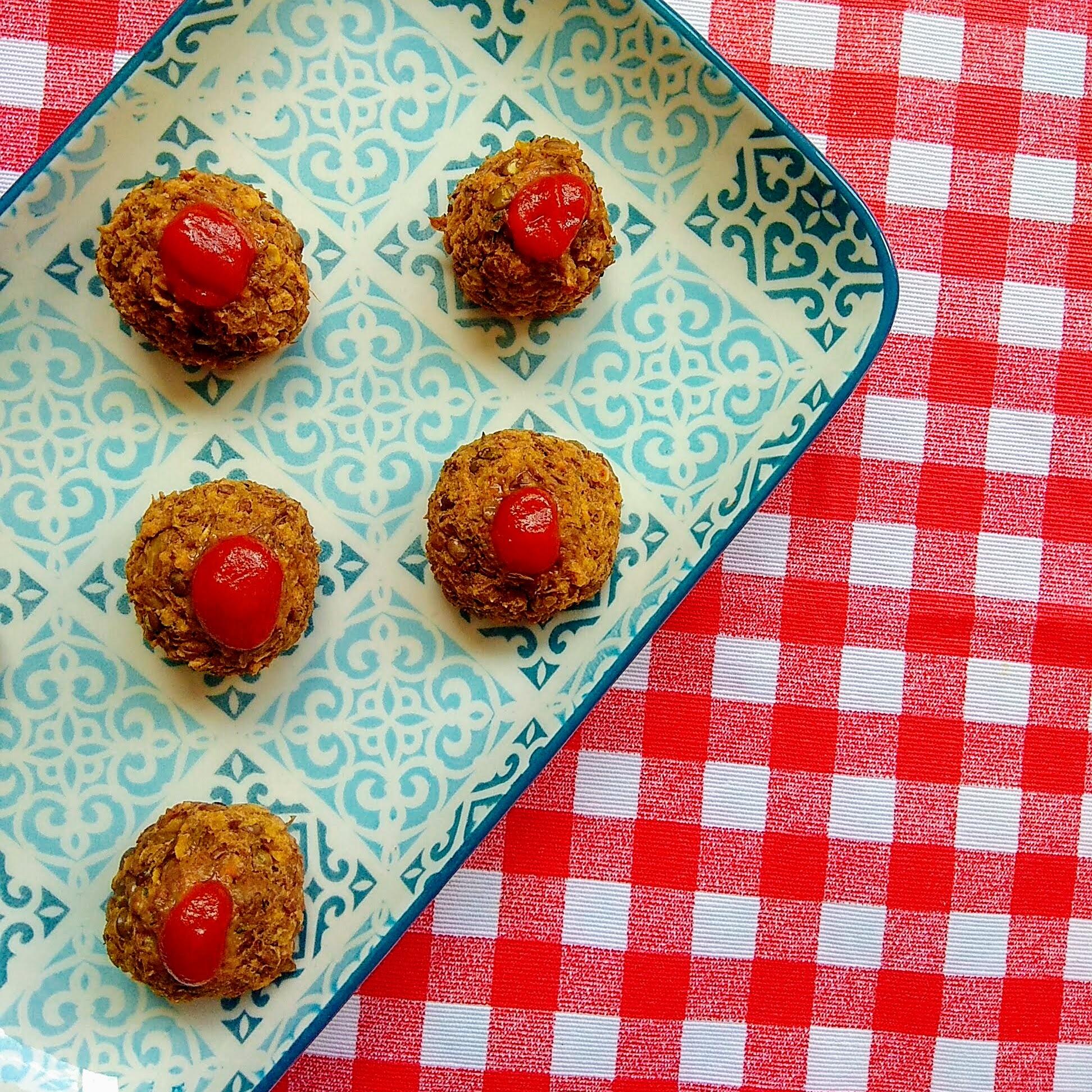 Receta fácil de Albóndigas de lentejas. Descúbrela en: www.cocinandoconlola.com